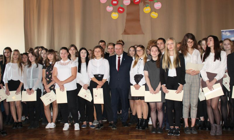 Stypendia Starosty Kętrzyńskiego przyznane najzdolniejszym uczniom