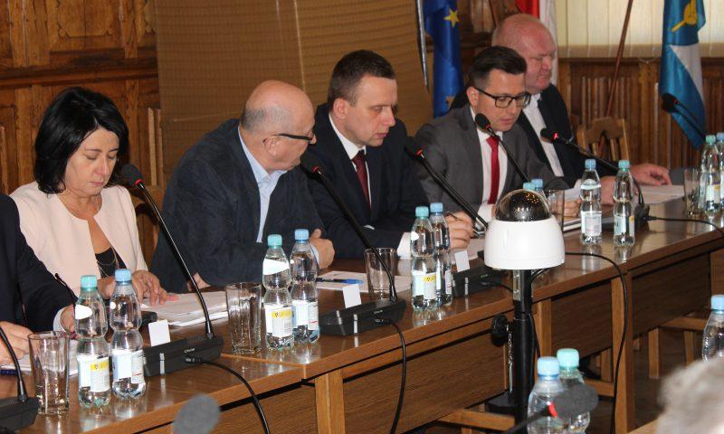 II sesji VI kadencji Rady Powiatu w Kętrzynie