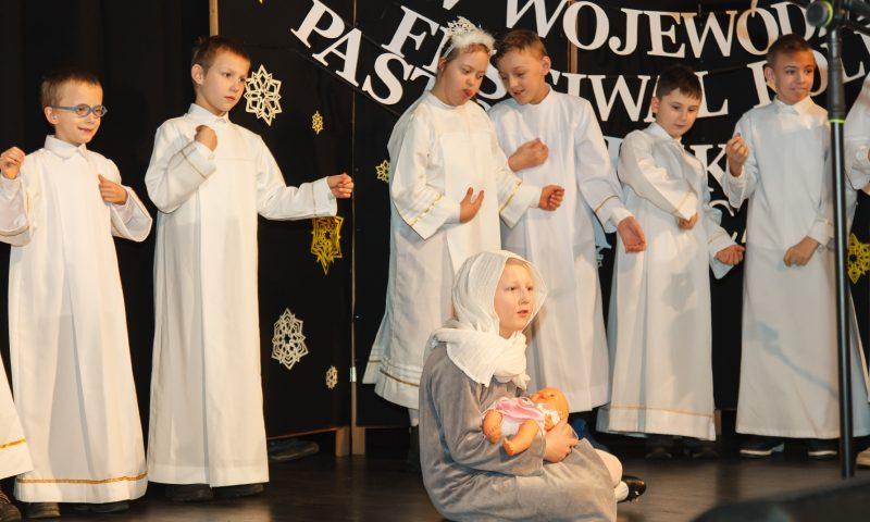 """""""IV Wojewódzki Festiwal Kolęd, Pastorałek i Piosenek Świątecznych"""""""