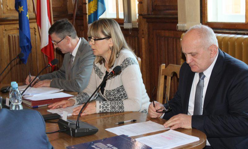 V sesja VI kadencji Rady Powiatu w Kętrzynie