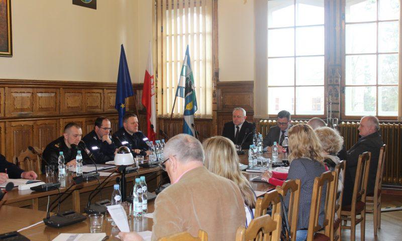 Posiedzenie Powiatowego Zespołu Zarządzania Kryzysowego oraz Komisji Bezpieczeństwa i Porządku