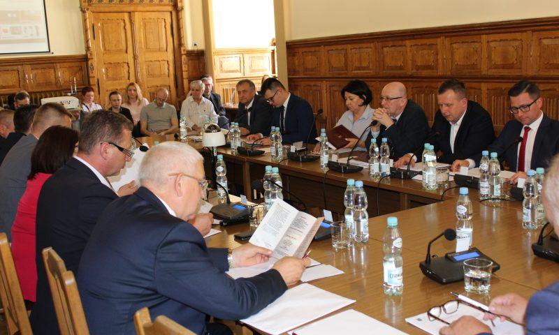 IX sesja VI kadencji Rady Powiatu w Kętrzynie