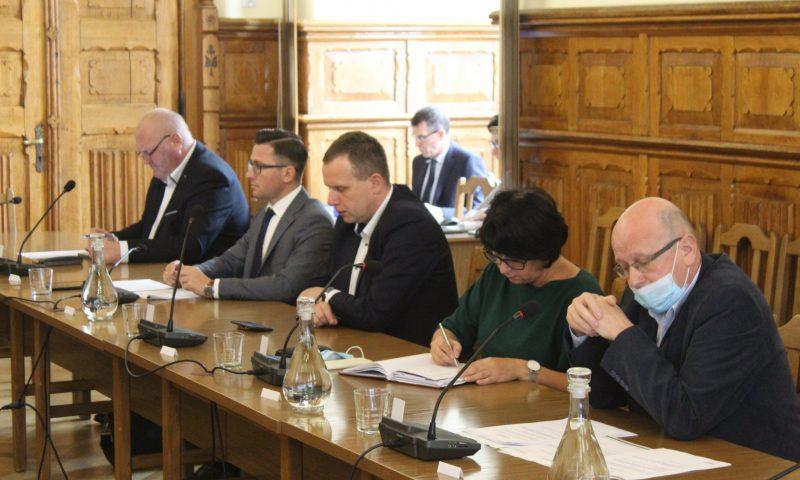 Dzisiaj odbyła się XXVI nadzwyczajna sesja Rady Powiatu w Kętrzynie.