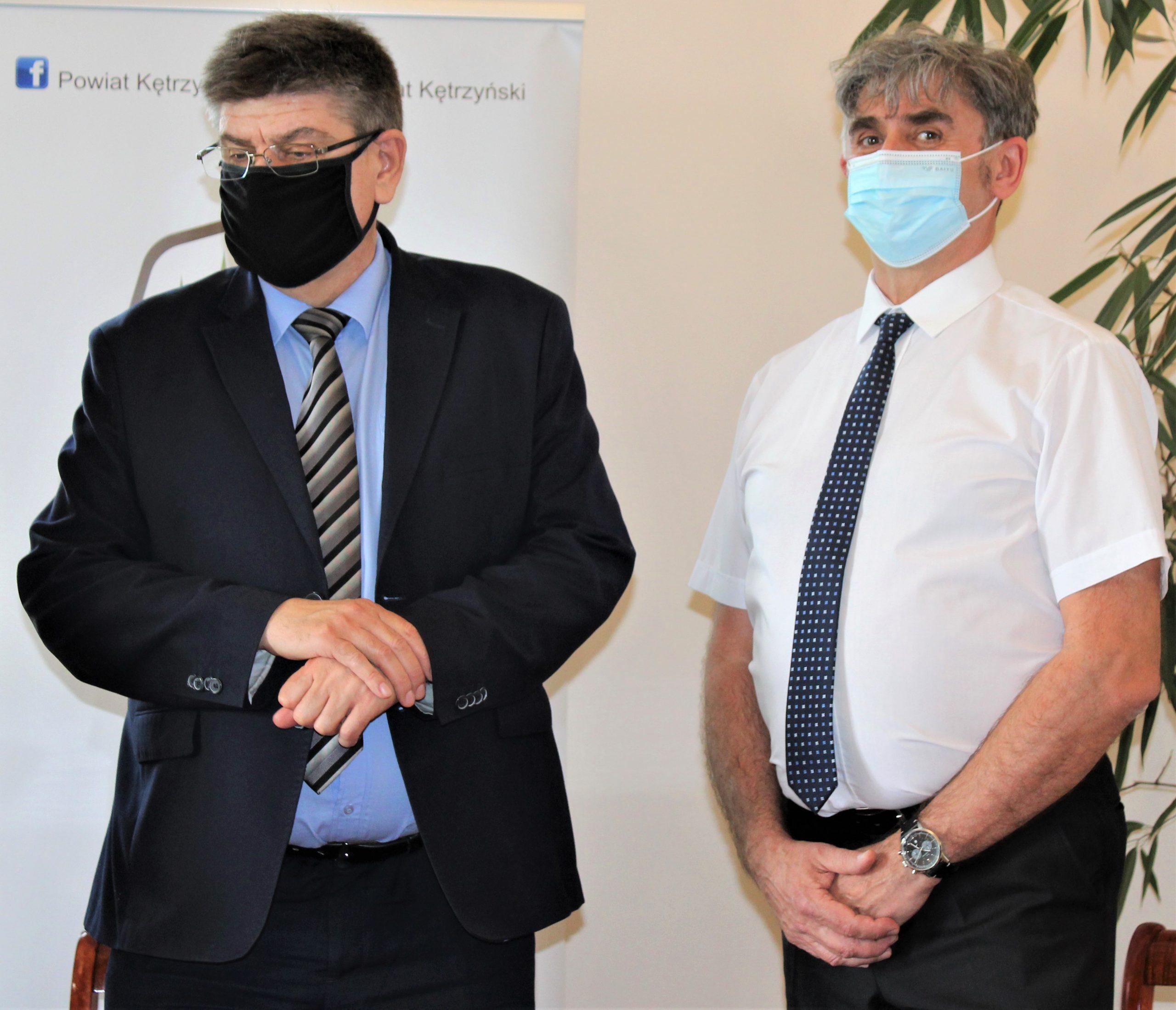 Na zdjęci od lewej wójt gminy Srokowo Marek Olszewski oraz radny Rady Powiatu w Kętrzynie Jarosław Podgórski