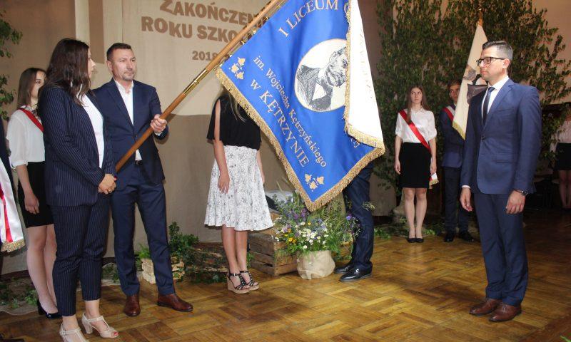 Uroczyste nadanie nowego sztandaru I Liceum Ogólnokształcącego im. Wojciecha Kętrzyńskiego w Kętrzynie