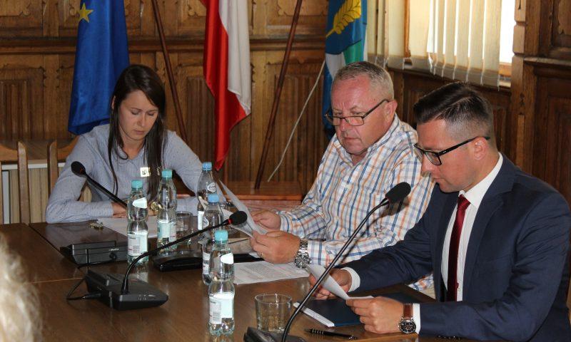 Posiedzenie Komisji Bezpieczeństwa i Porządku oraz Powiatowego Zespołu Zarządzania Kryzysowego