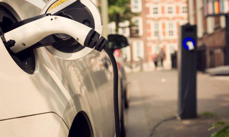 Przez rozsądek do elektromobilności